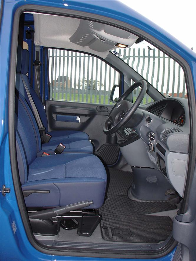 Used Peugeot Expert 96 06 Gallery Parkers