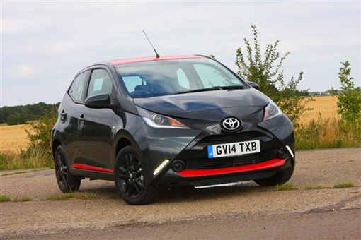 toyota aygo 1 0 vvt i x play x touch 5d road test parkers. Black Bedroom Furniture Sets. Home Design Ideas