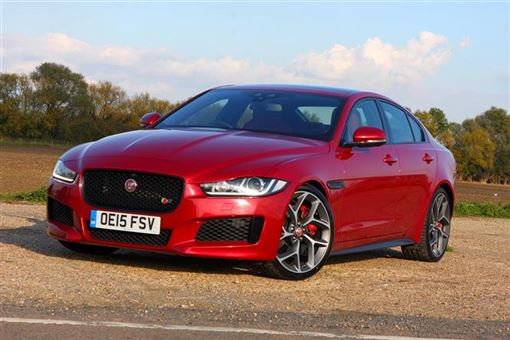 jaguar xe 3 0 v6 supercharged s 4d auto road test parkers. Black Bedroom Furniture Sets. Home Design Ideas