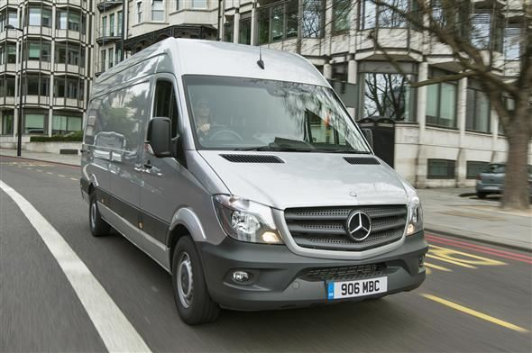 mercedes benz sprinter mwb 2 2 cdi 313 bluetec super high roof van road test parkers. Black Bedroom Furniture Sets. Home Design Ideas