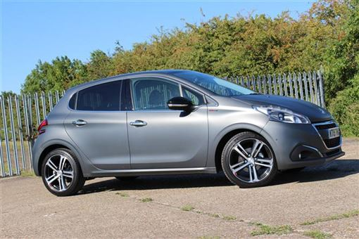 peugeot 208 hatchback 1 2 puretech 110bhp gt line 5d road test parkers. Black Bedroom Furniture Sets. Home Design Ideas