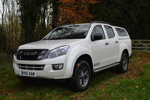 Isuzu D Max 2 5td 160ps Blade Double Cab 4x4 Road Test Parkers