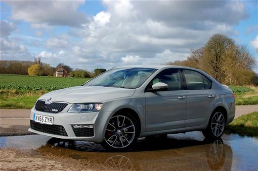 skoda octavia vrs 2 0 tdi cr vrs 4x4 hatchback 5d dsg road test parkers. Black Bedroom Furniture Sets. Home Design Ideas