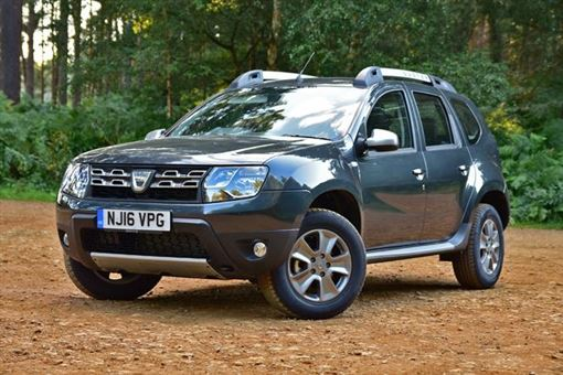 dacia duster estate laureate tce 125 4x4 5d road test parkers. Black Bedroom Furniture Sets. Home Design Ideas