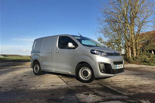 6fea6b326c Citroën Dispatch 1.6 BlueHDi (95ps) 1000 XS Van Enterprise Road Test ...