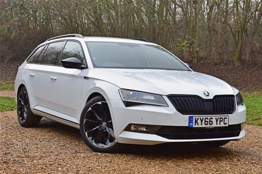 skoda superb estate sportline 2 0 tdi scr 190ps 4x4 dsg auto 5d road test parkers. Black Bedroom Furniture Sets. Home Design Ideas