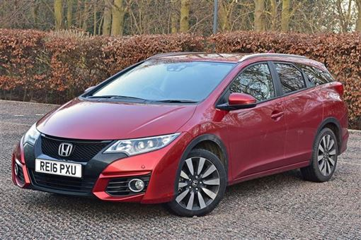 Honda Civic Tourer 16 I DTEC EX Plus 03 15 5d Road Test
