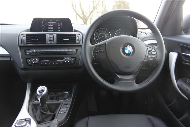 BMW Series Hatchback D EfficientDynamics Business D Road - Bmw 1 series 2014