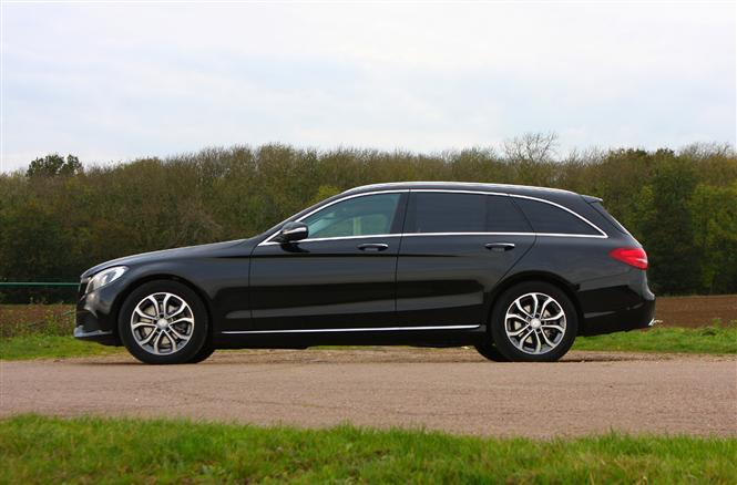 Mercedes benz c class estate c220 bluetec sport 5d auto for Mercedes benz c class colours
