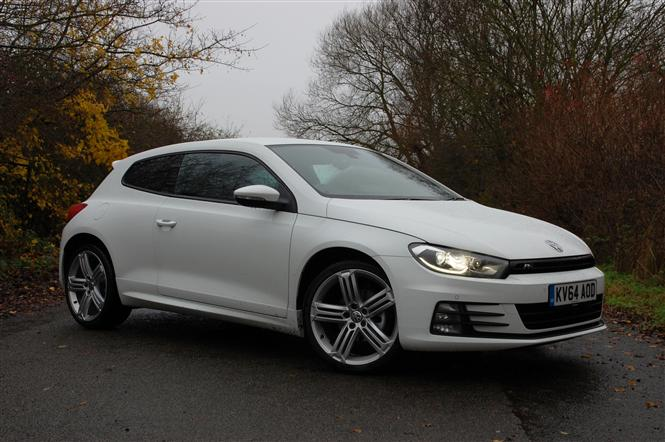 volkswagen scirocco 2 0 tdi bluemotion tech r line 10 14. Black Bedroom Furniture Sets. Home Design Ideas
