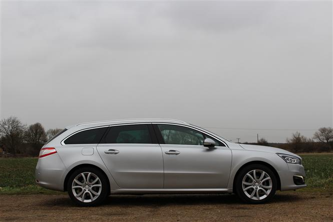Peugeot 508 Sw 20 Hdi 140bhp Allure 5d Road Test Parkers