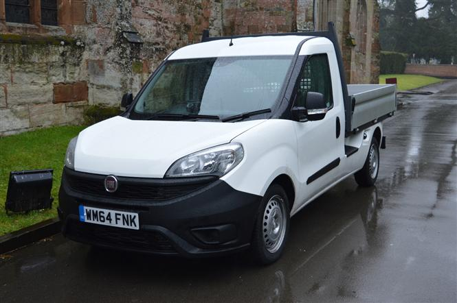 fiat doblo cargo 1 6 multijet 16v l2 work up dropside road test parkers. Black Bedroom Furniture Sets. Home Design Ideas