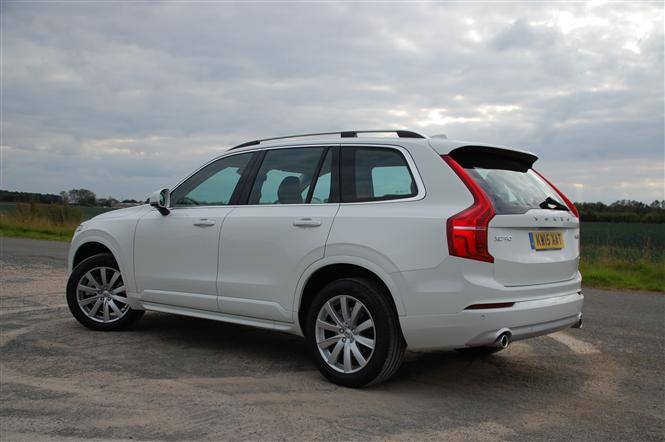 volvo xc90 2 0 d5 momentum awd 5d geartronic road test. Black Bedroom Furniture Sets. Home Design Ideas