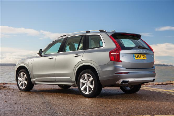 volvo xc90 2 0 t8 hybrid momentum 5d geartronic road test parkers. Black Bedroom Furniture Sets. Home Design Ideas