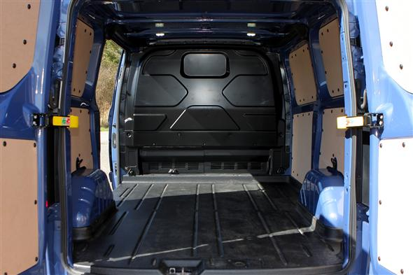 ford transit custom 2 0 tdci 170ps 340 l2 low roof trend van fwd road test parkers. Black Bedroom Furniture Sets. Home Design Ideas