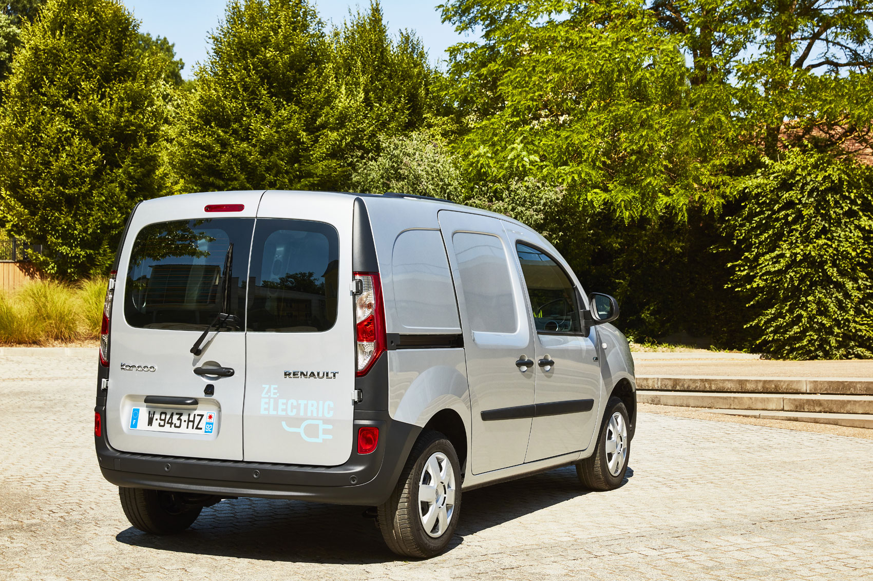 pricing and spec details of 2017 renault kangoo ze 33 electric van parkers. Black Bedroom Furniture Sets. Home Design Ideas