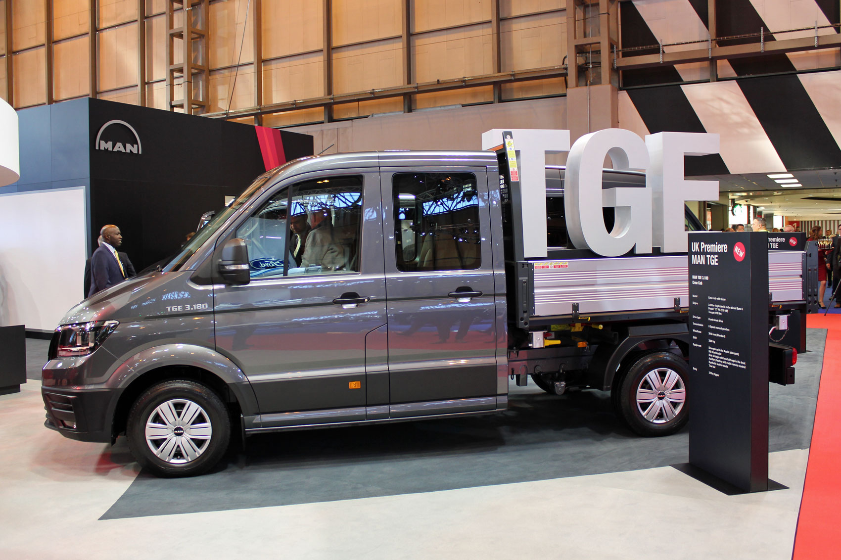 man tge van at the cv show 2017