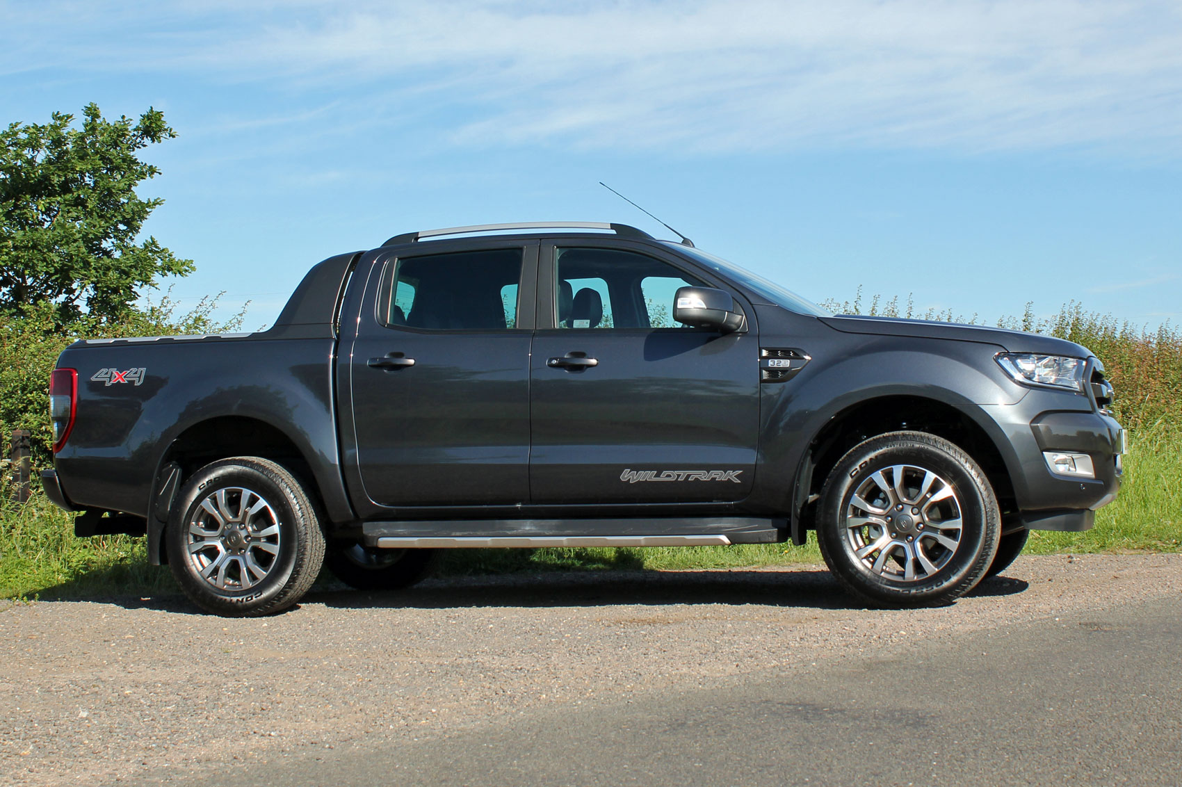 ford ranger wildtrak euro 6 review parkers. Black Bedroom Furniture Sets. Home Design Ideas