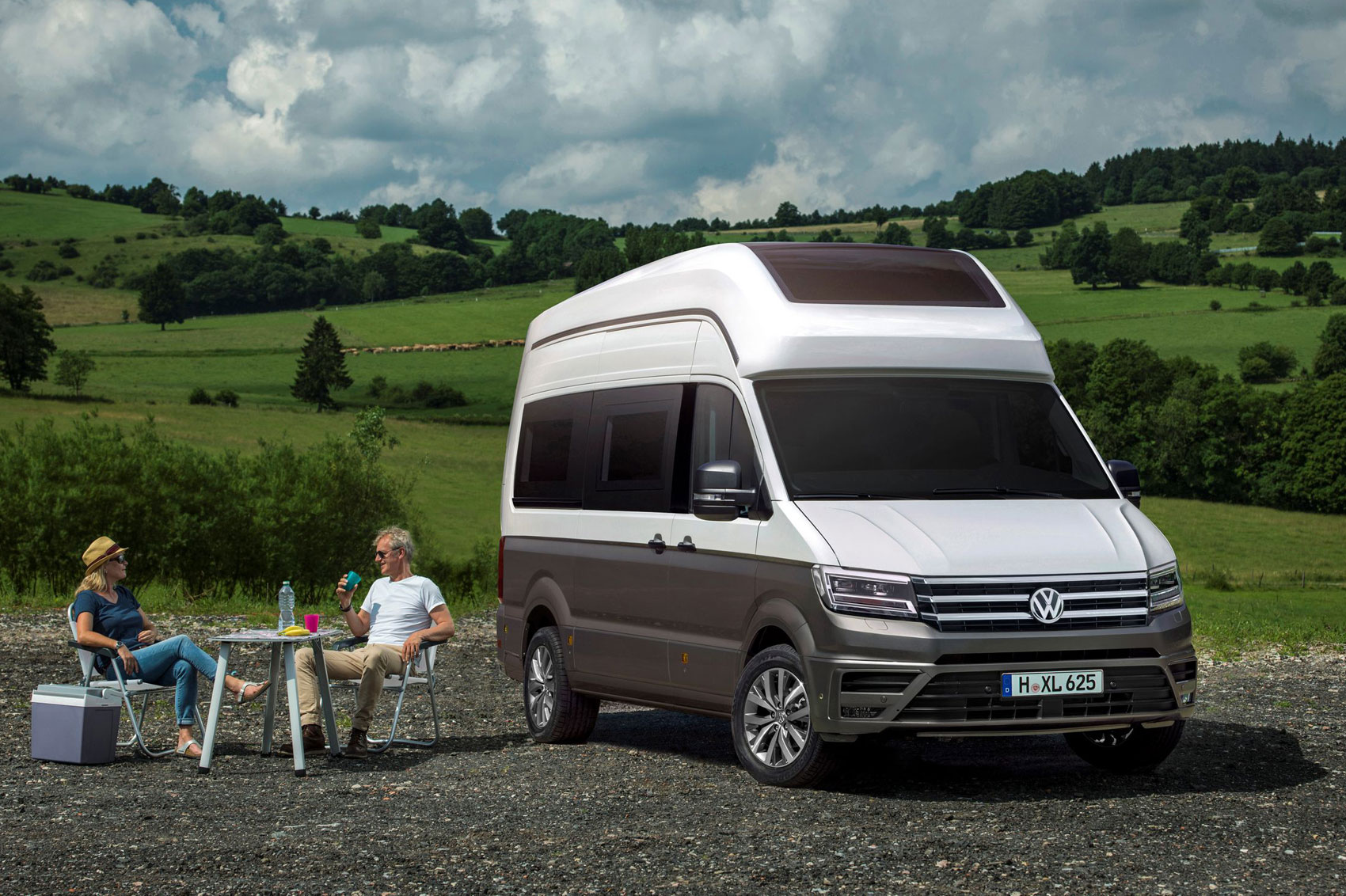 vw california xxl a new crafter based motorhome concept parkers. Black Bedroom Furniture Sets. Home Design Ideas