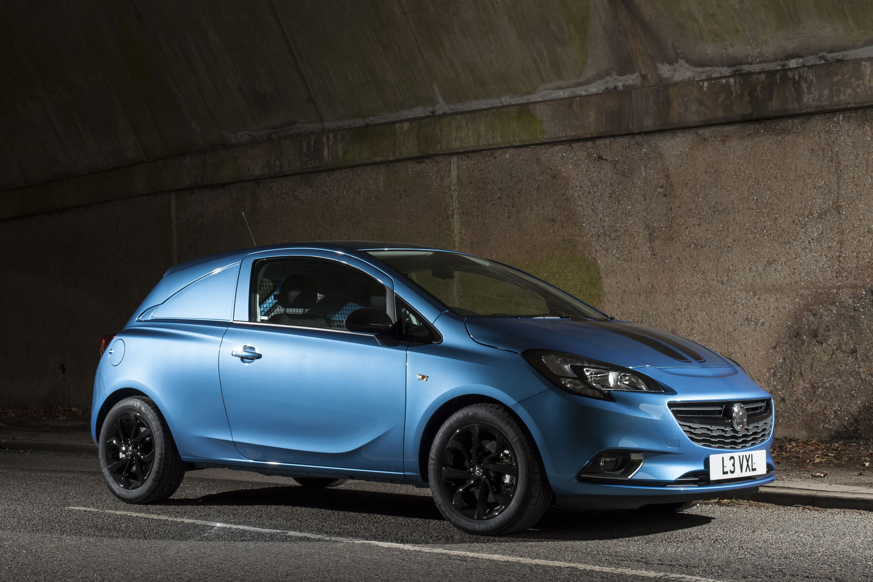 Vauxhall Corsavan Limited Edition Nav review - front