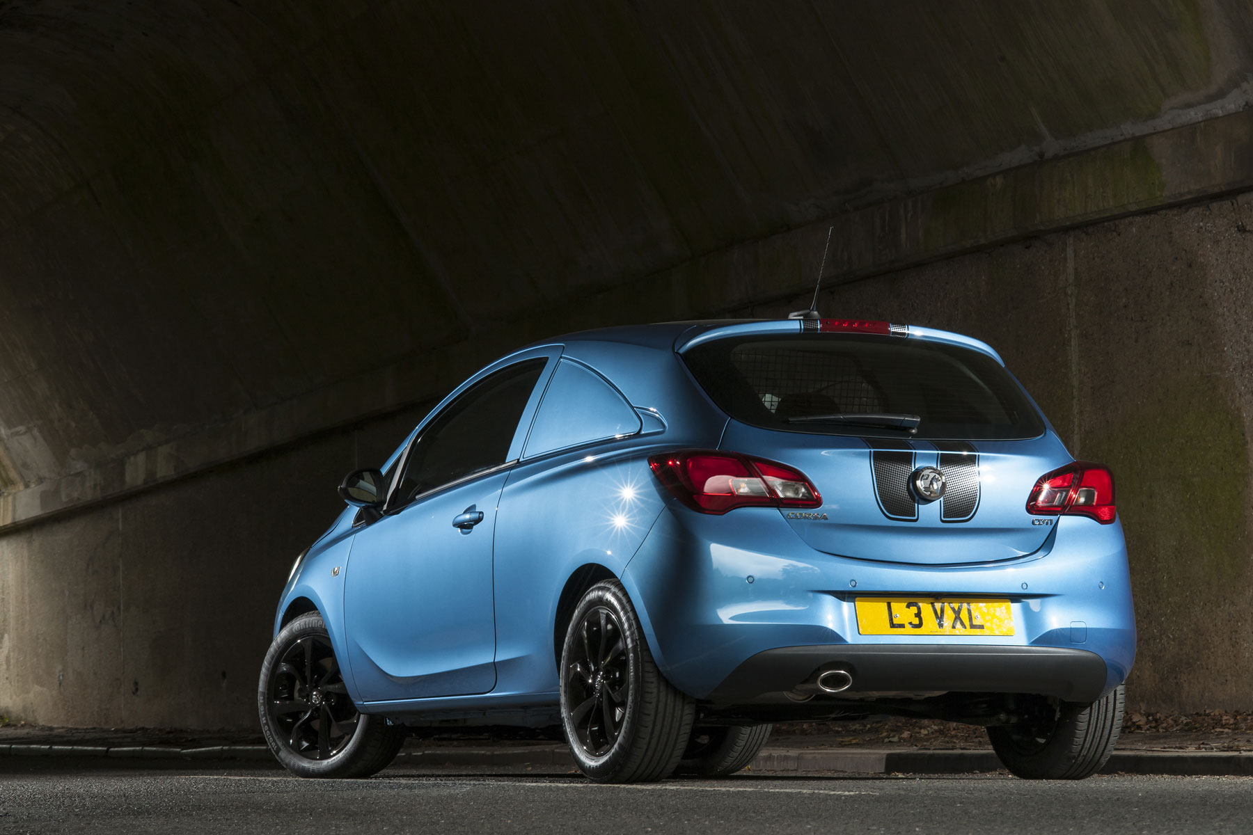 Vauxhall Corsavan Limited Edition Nav review - rear and stripes