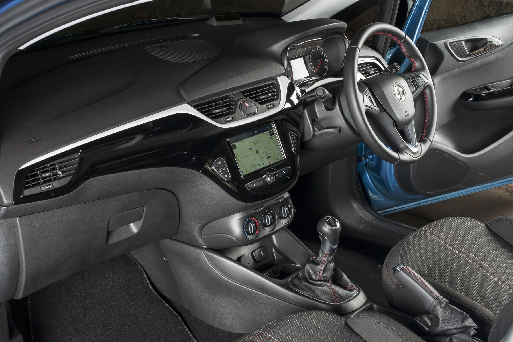 Vauxhall Corsavan Limited Edition Nav review - interior