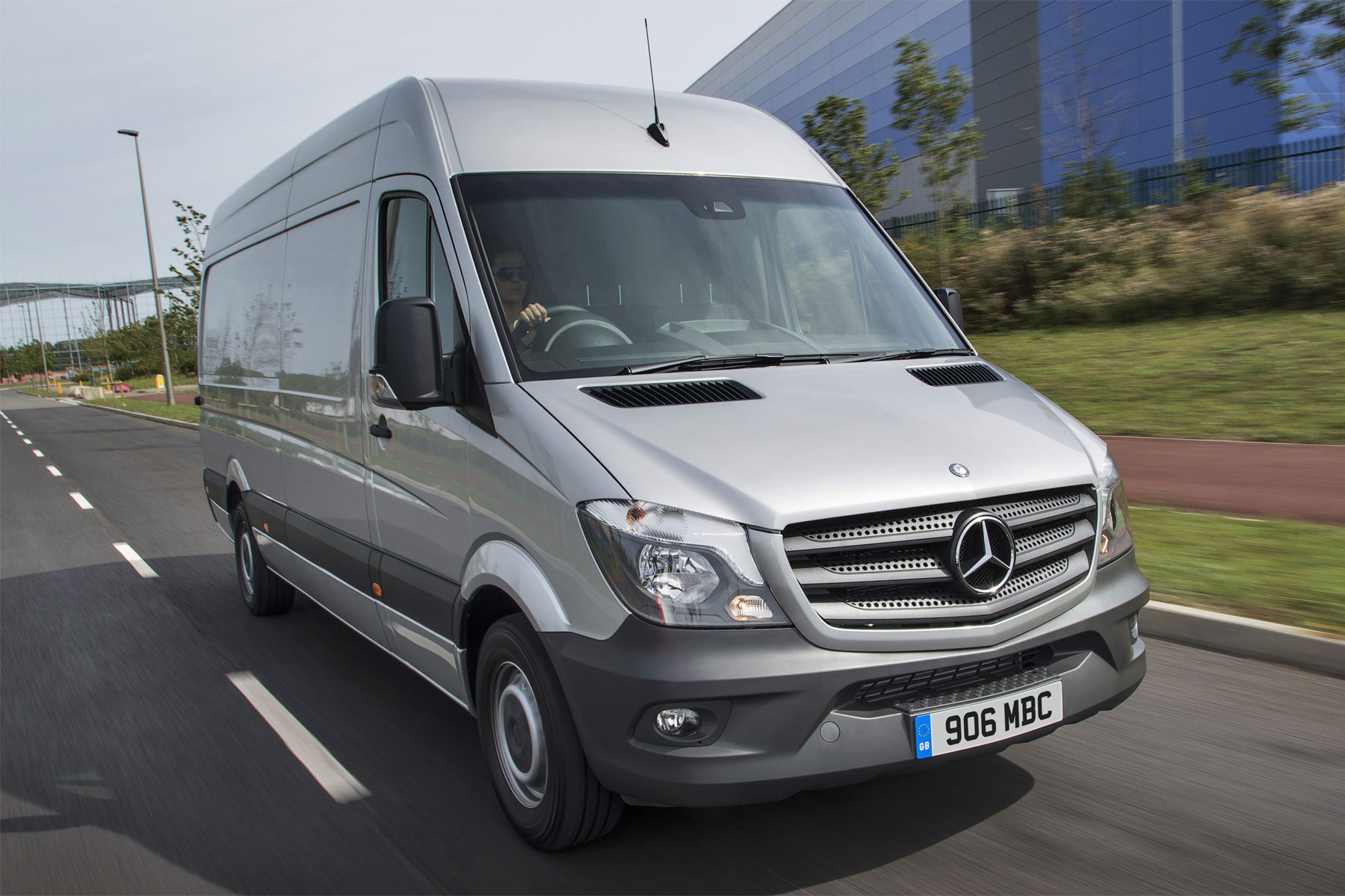 Mercedes scores well in UK Van Fleet Market Report 2018