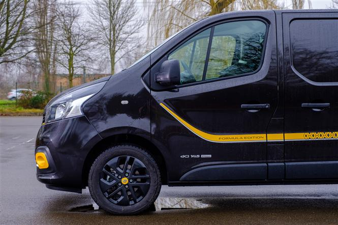 Renault Trafic Formula Edition review - what's it like to drive