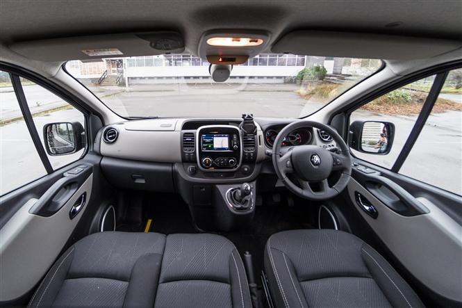 Renault Trafic Formula Edition review - inside the cab