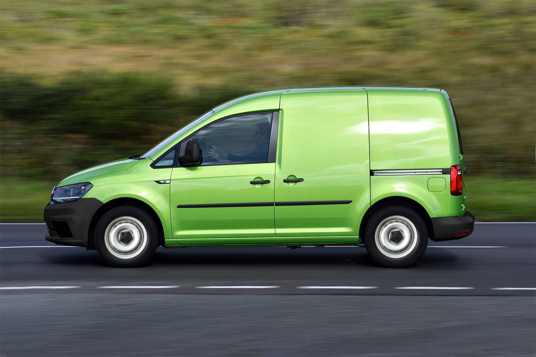 VW Caddy now available with money-saving business pack