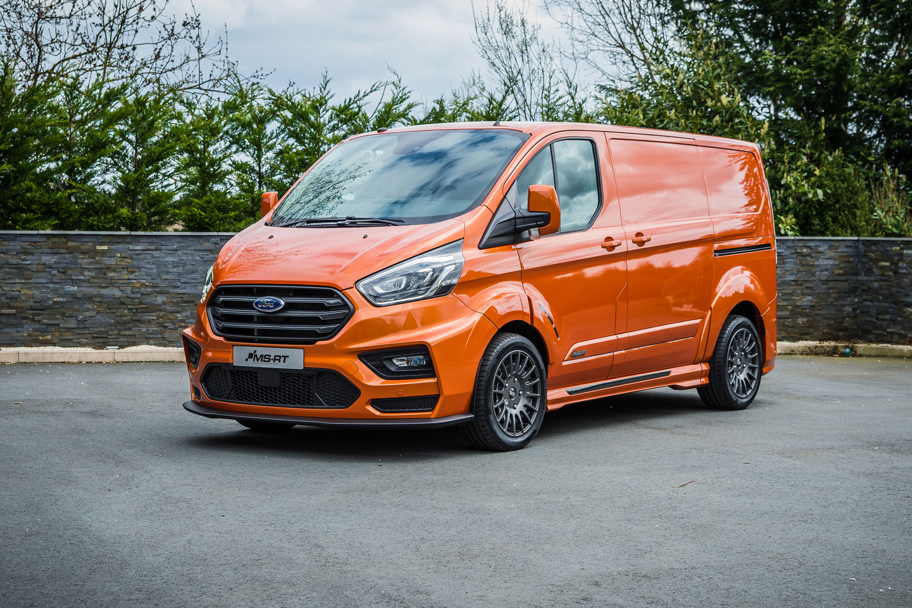 new ford transit custom ms rt for 2018 first pictures and details parkers. Black Bedroom Furniture Sets. Home Design Ideas