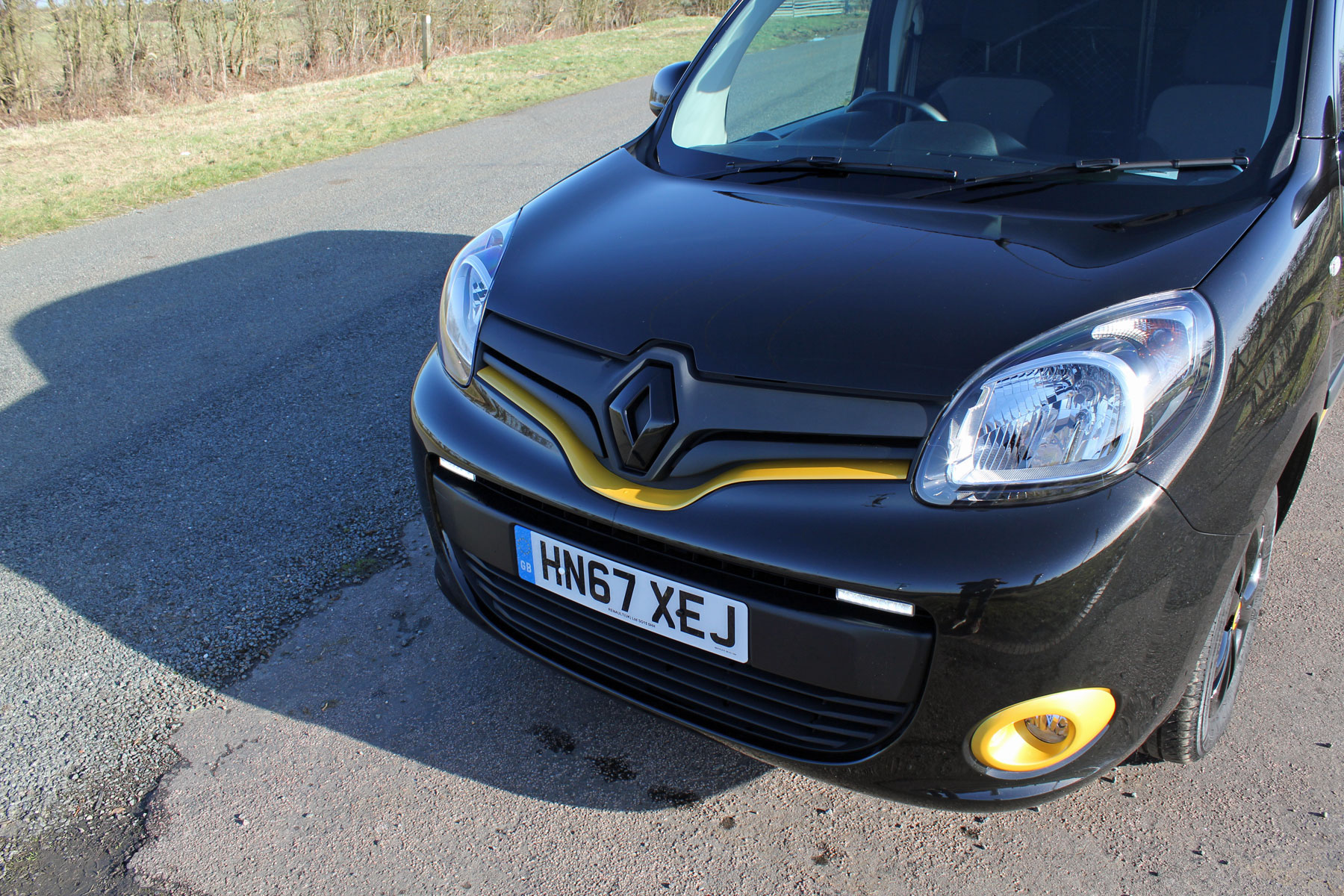 Renault Kangoo 15 Dci 110ps Ml19 Formula Edition Van Euro6 Auto Central Locking Wiring Diagram Review Special Grille And Yellow Trimmings