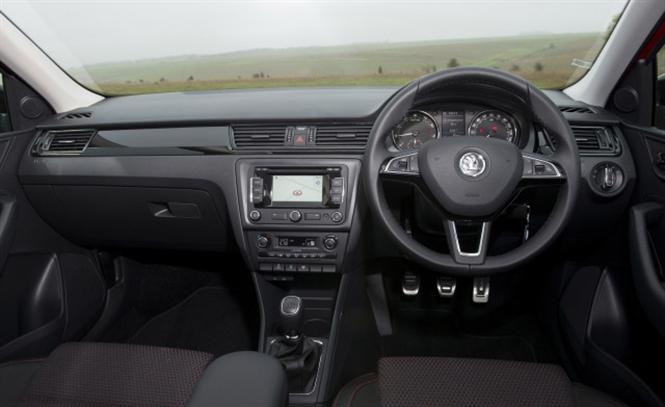 Skoda Rapid Spaceback 1.2 TSI (105bhp) SE 5d Road Test | Parkers